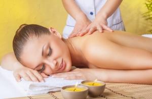 Masaje relajante de espalda y cervicales